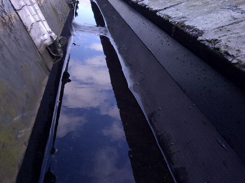 lined gutters in Leeds under georgian glazing panels with a 20 year warranty